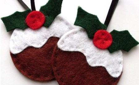 Los adornos de Navidad hechos a mano son una oportunidad de compartir tiempo con los niños en estas fiestas.