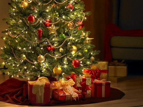 El árbol de navidad es una tradición europea, que se ha trasladado a las costumbres de otras latitudes. Imagen en decorablog.com.