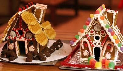 """Las casas de pan de jengibre, célebres por el cuento """"Hansel y Gretel"""", son una apetitosa variación. La receta y los patrones están disponibles en simplyrecipes.com."""