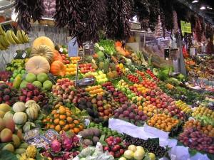 Un mercado es un mundo lleno de sensaciones, ¡y a tus hijos les encantará! Imagen: gungodung@flickr