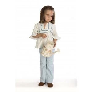 La camisa Canesú y el pantalón con aires neohippy es una combinación ganadora.