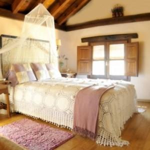 El encanto bucólico y romántico de la Posada Los Cantaros te permitirá disfrutar de unos días de romanticismo y tranquilidad.